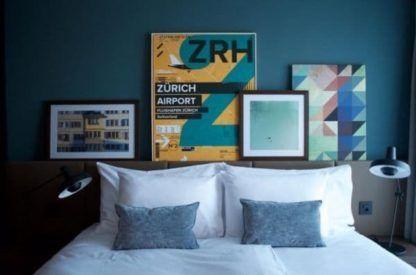 lampa stołowa z regulowanym ramieniem - aranżacja sypialnia nowoczesna