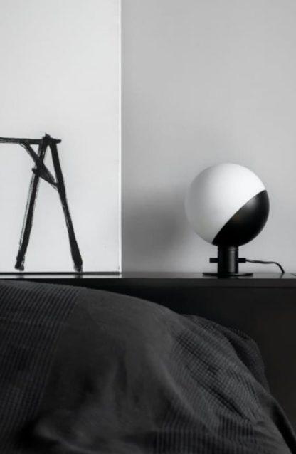 designerska lampa stołowa ze ściemniaczem - aranżacja