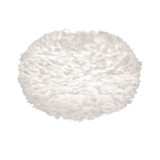 biała, okrągła lampa wisząca z naturalnych piór, styl skandynawski, czarne zawieszenie